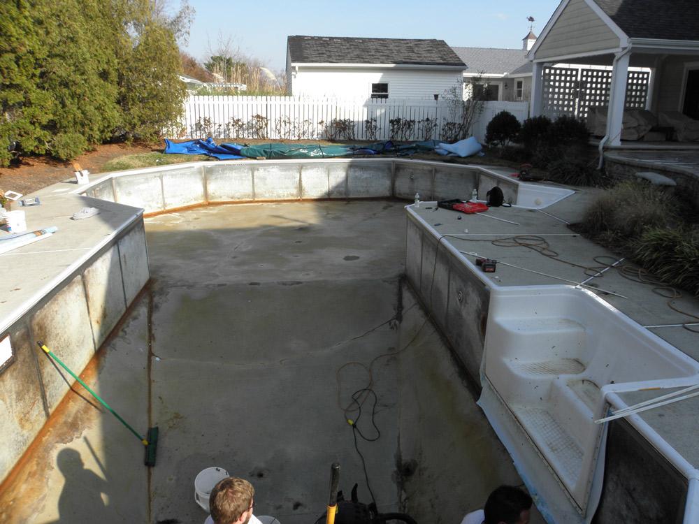 Klenswhite Pool
